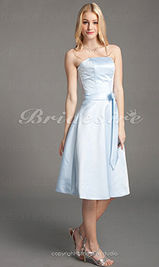 Trapèze Satin Princesse Longueur genou Sans bretelles Bridesmaid/ Wedding Party Robe