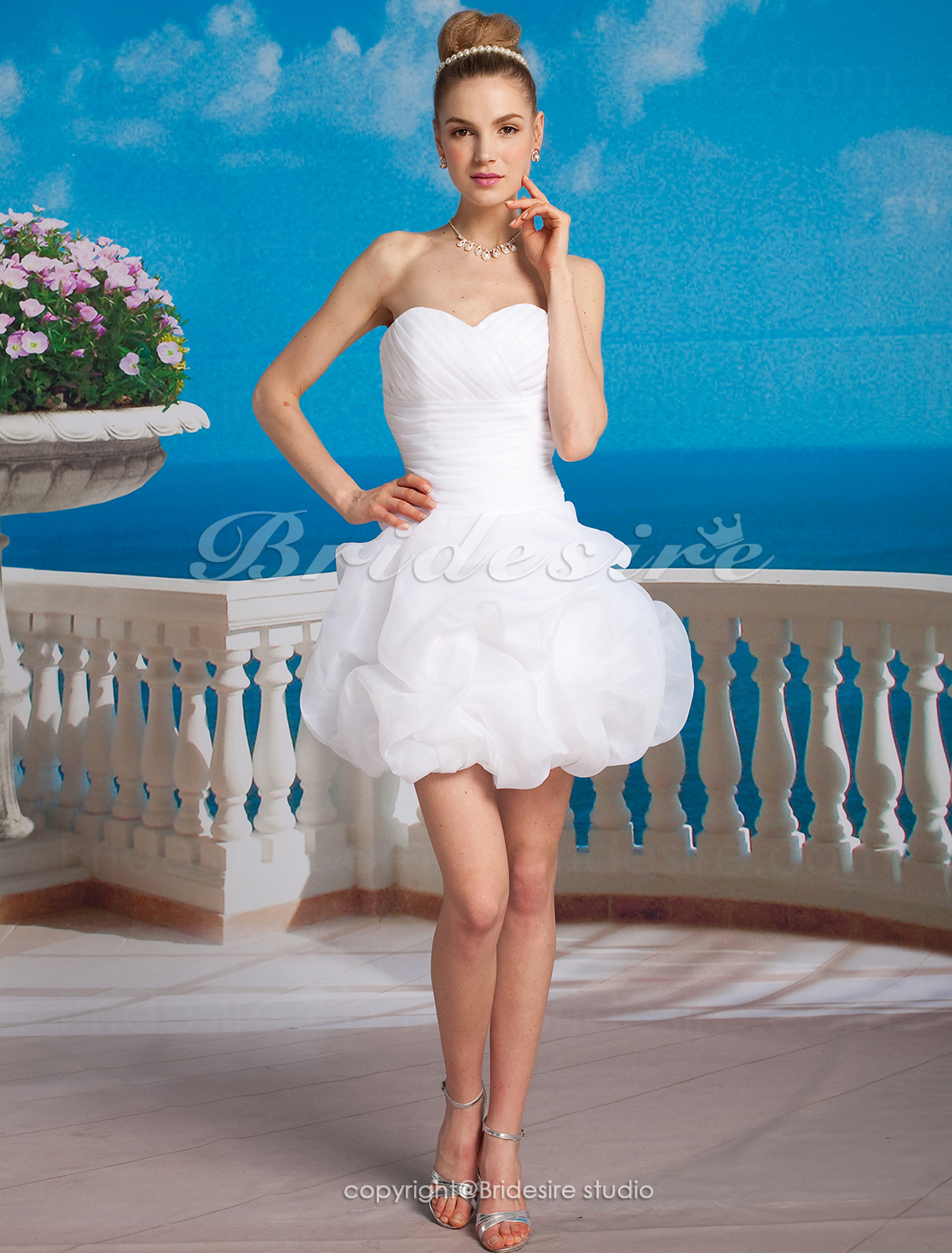 Robe de bal Satin Organza Court/ Mini Col en cœur Weddding Robe